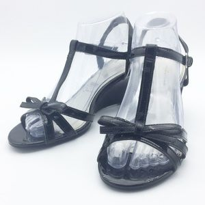 Predictions Black Patent Bow Wedge Sandals SH12